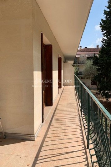 Apartment Lorgues Village,   to buy apartment  4 rooms   83 m²