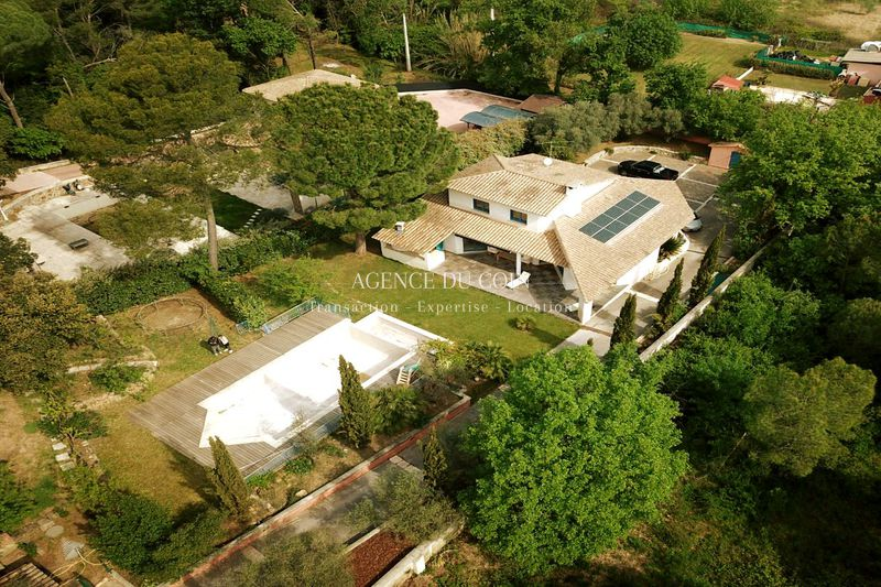 Photo Contemporary house Le Muy Campagne,   to buy contemporary house  4 bedrooms   172 m²
