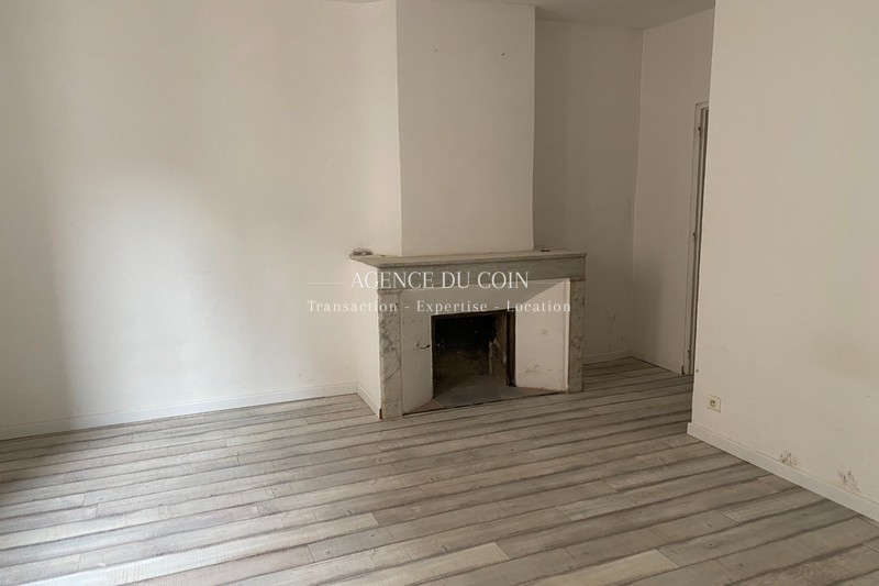 Photo n°3 - Vente Appartement immeuble Le Muy 83490 - 185 000 €