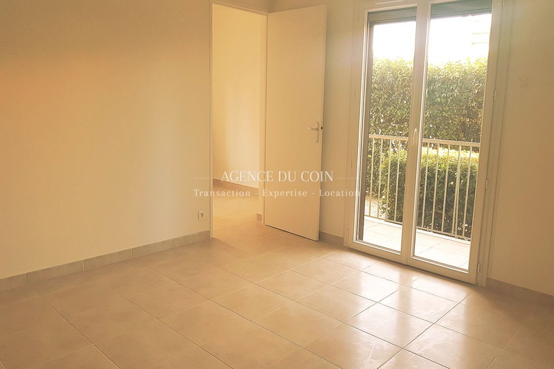 Photo n°2 - Vente appartement Le Muy 83490 - 149 800 €