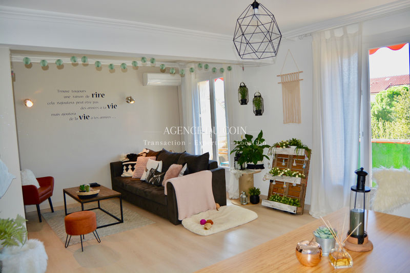 Photo Appartement Draguignan Centre-ville,   to buy appartement  3 rooms   73 m²