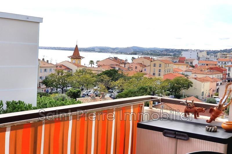 Photo Appartement Cagnes-sur-Mer Le cros,  Location appartement  3 pièces   80m²
