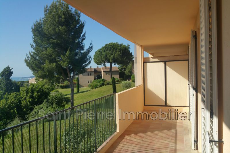 Photo Appartement Villeneuve-Loubet Hauts de vaugrenier,  Location appartement  3 pièces   70 m²
