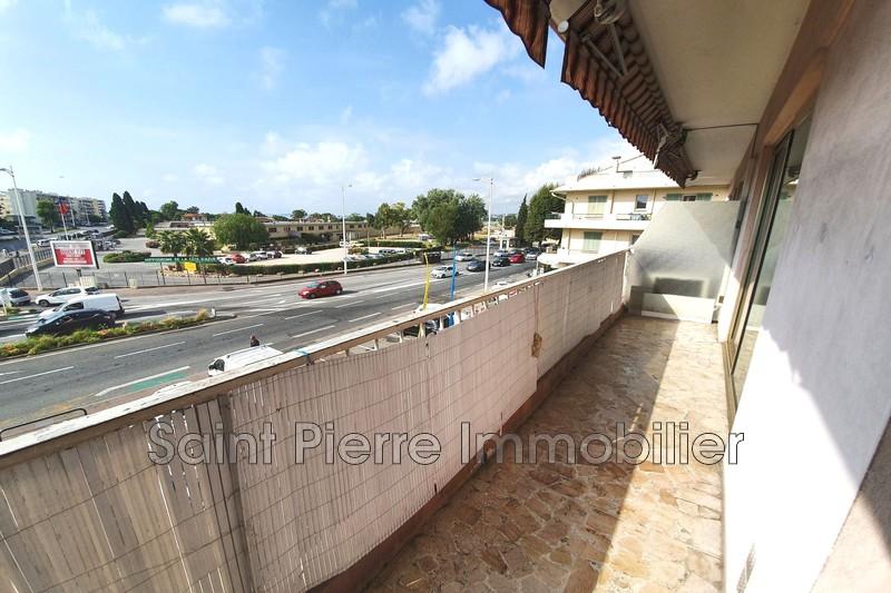 Photo Appartement Cagnes-sur-Mer Hippodrome,  Location appartement  1 pièce   37m²