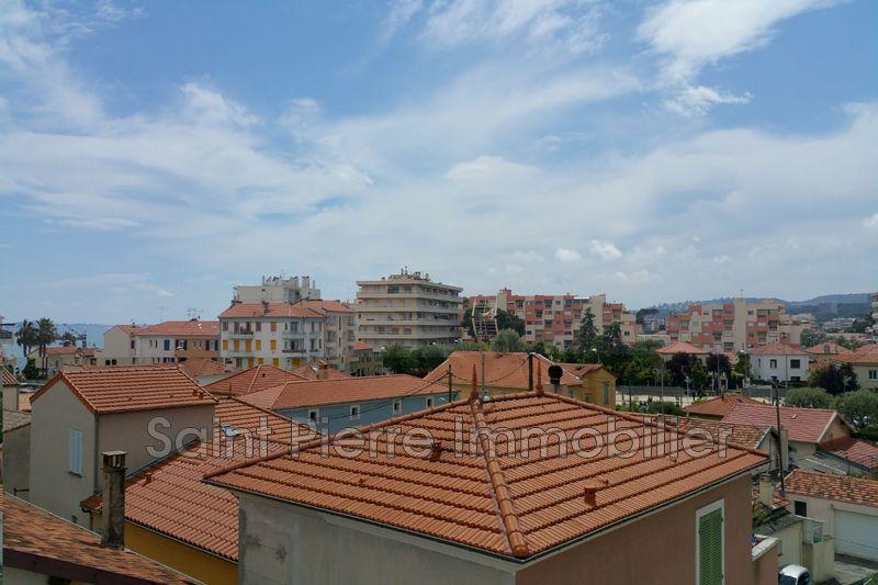 Photo Appartement Cagnes-sur-Mer Cros de cagnes,  Location appartement  3 pièces   60m²