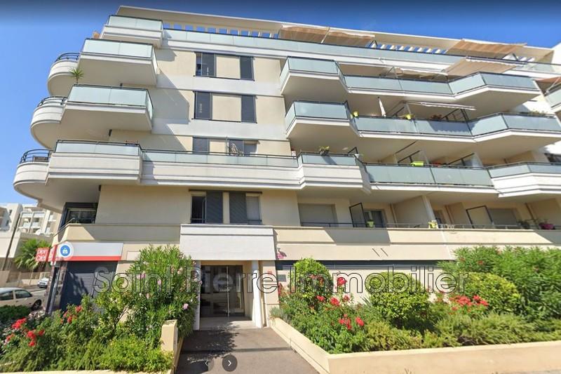 Photo Appartement Saint-Laurent-du-Var Centreville,  Location appartement  3 pièces   52m²