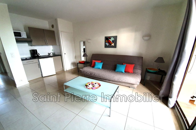 Photo Apartment Villeneuve-Loubet Hauts de vaugrenier,  Rentals apartment  1 room   25m²