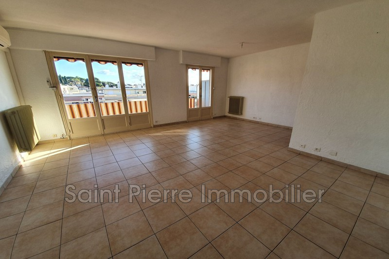 Photo Apartment Cagnes-sur-Mer Centreville,  Rentals apartment  2 rooms   60m²