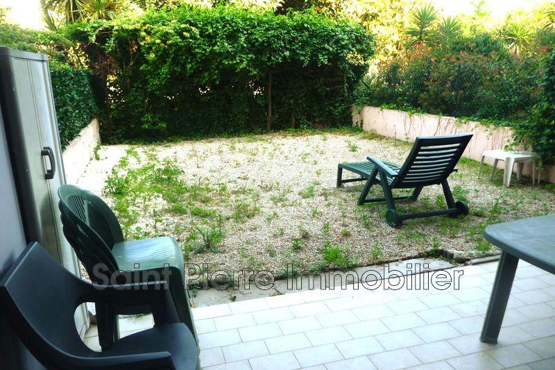 Photo Appartement Cagnes-sur-Mer  Location appartement  2 pièces   32m²