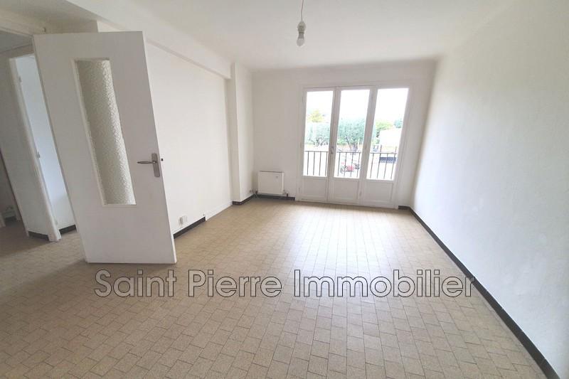 Photo Appartement Cagnes-sur-Mer Hotel de ville,  Location appartement  3 pièces   53m²