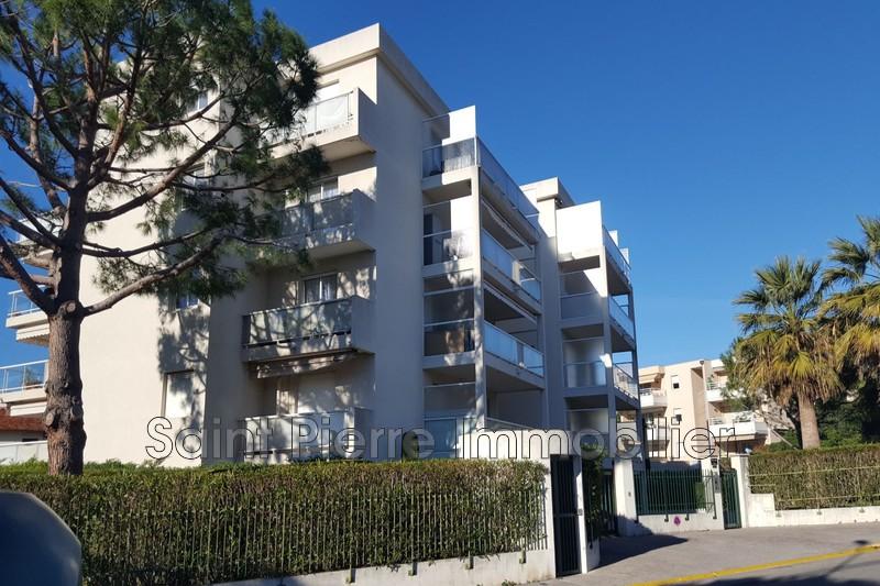 Photo Appartement Saint-Laurent-du-Var Tzanck-plateaux fleuris,  Location appartement  2 pièces   41m²