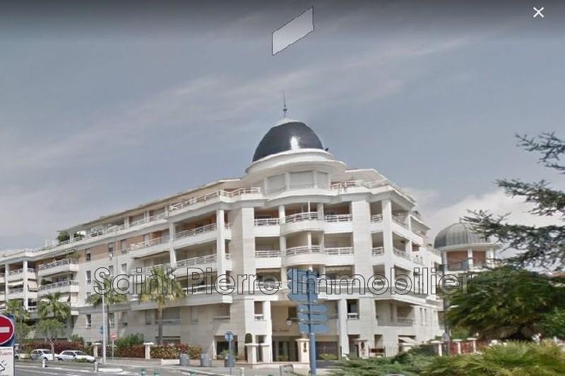 Photo Appartement Cagnes-sur-Mer Centre-ville,  Location appartement  2 pièces   51m²