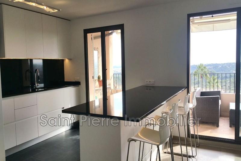 Photo Appartement Villeneuve-Loubet Hauts de vaugrenier,  Location appartement  4 pièces   116m²
