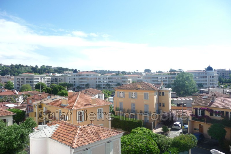 Photo Appartement Cagnes-sur-Mer Centre-ville,  Location appartement  3 pièces   50m²