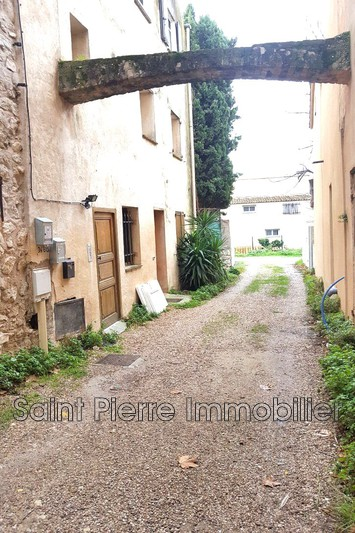 Photo Appartement La Colle-sur-Loup Village,  Location appartement  2 pièces   27 m²
