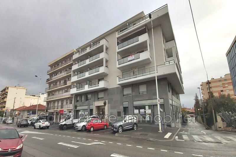Photo Appartement Cagnes-sur-Mer Cros de cagnes,  Location appartement  2 pièces   42m²
