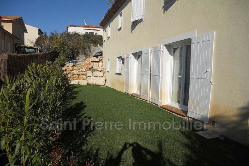 Photo Villa Cagnes-sur-Mer Breguieres,  Location villa  3 chambres   135m²