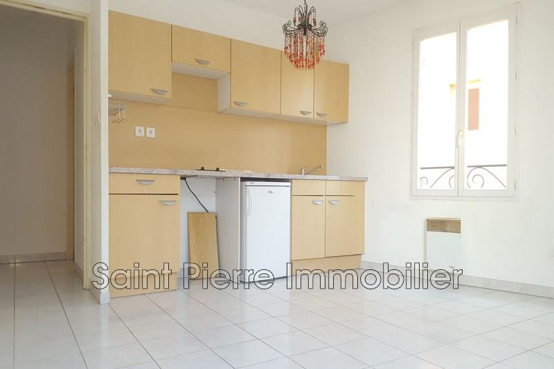Photo Appartement Cagnes-sur-Mer Centre,  Location appartement  1 pièce   30m²