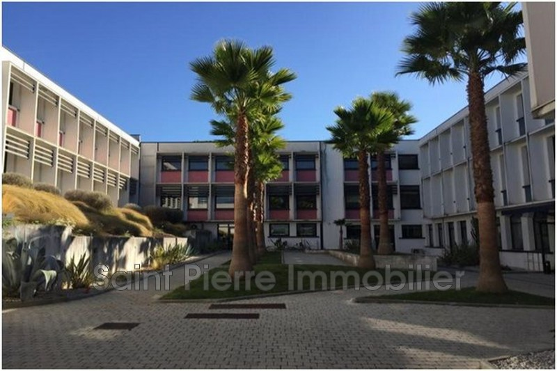 Photo Local professionnel Cagnes-sur-Mer Polygone,  Professionnel local professionnel   70 m²