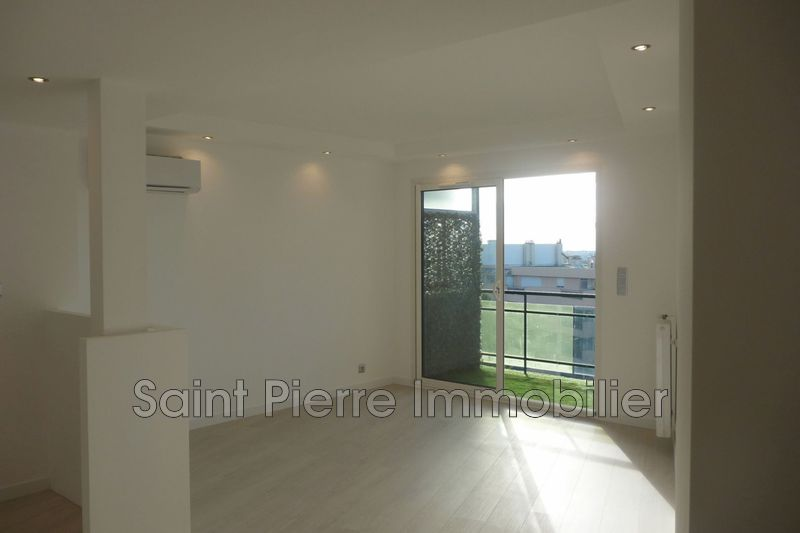 Photo Apartment Cagnes-sur-Mer Centre-ville,   to buy apartment  3 rooms   60 m²