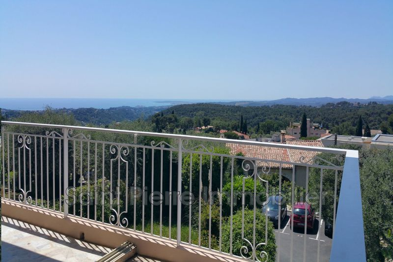 Photo Apartment Vence Centre-ville,   to buy apartment  4 rooms   106 m²