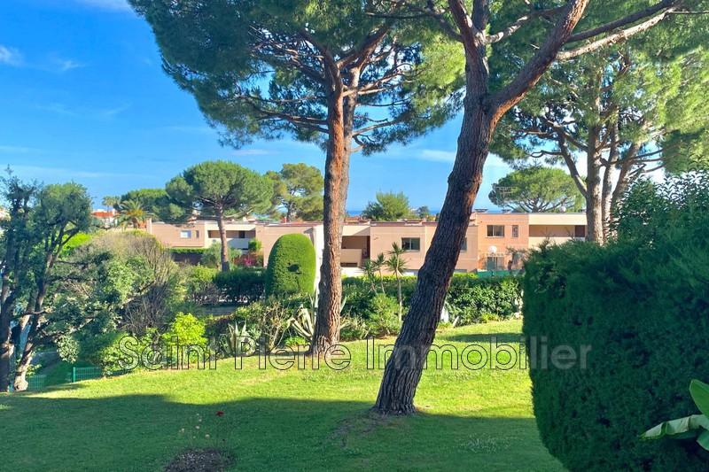 Photo Appartement Cagnes-sur-Mer Val fleuri,   achat appartement  3 pièces   75m²