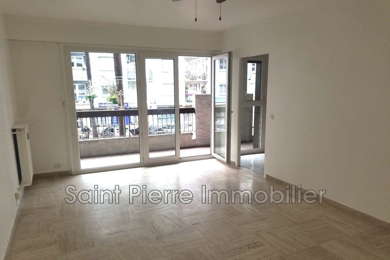 Photo Apartment Cagnes-sur-Mer Hippodrome,   to buy apartment  1 room   27 m²