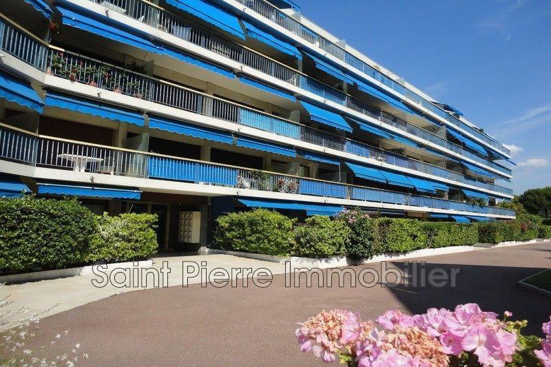 Photo Appartement Cagnes-sur-Mer Sous offre,   achat appartement  4 pièces   101m²