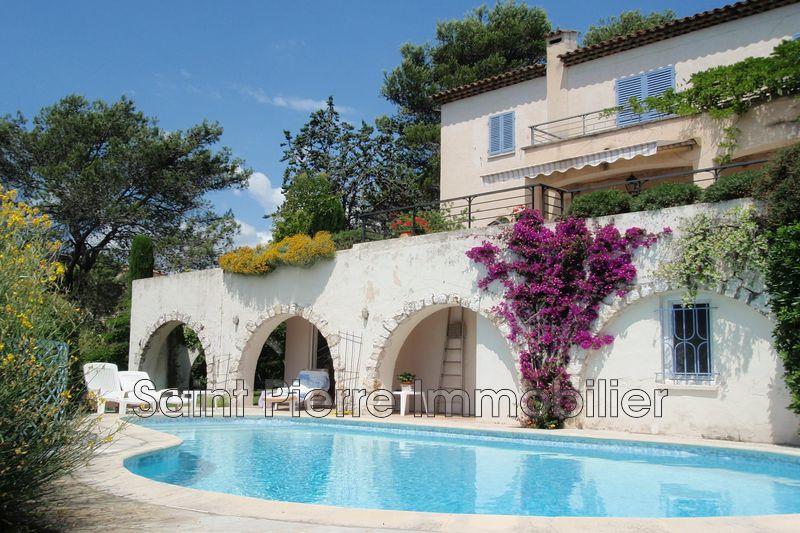 Photo Villa La Colle-sur-Loup   achat villa  4 chambres   224m²