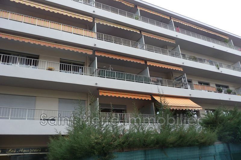 Photo Apartment Cagnes-sur-Mer Hippodrome,   to buy apartment  1 room   34m²