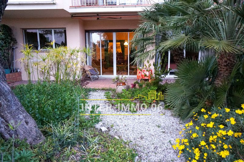 Photo Appartement Cagnes-sur-Mer Cros-de-cagnes,   to buy appartement  3 rooms   68 m²