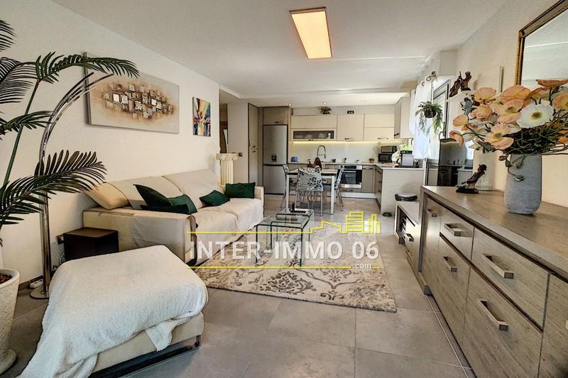 Photo Appartement Cagnes-sur-Mer Centre-ville,   achat appartement  2 pièces   46m²