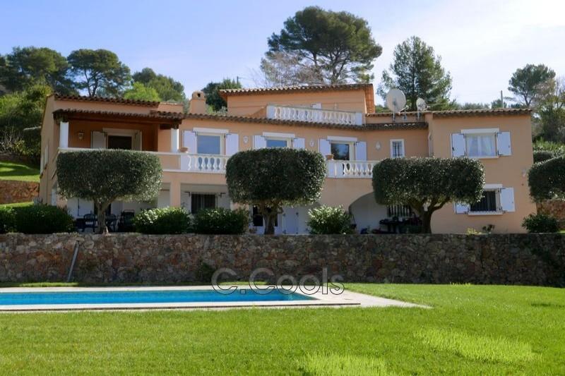 Photo Villa Draguignan   achat villa  6 chambres   316m²