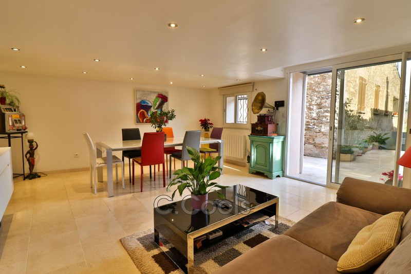 Maison de village La Garde-Freinet   achat maison de village  9 chambres   575m²