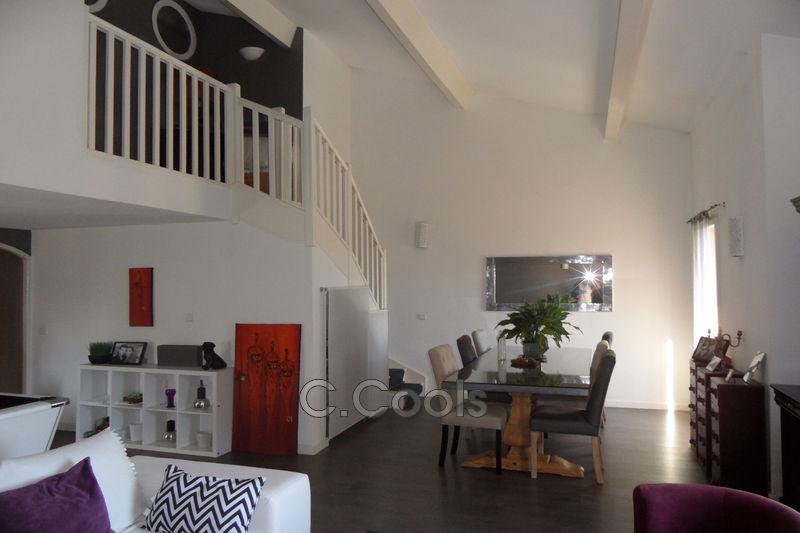 Photo Appartement Grimaud Village,   achat appartement  4 pièces   117m²