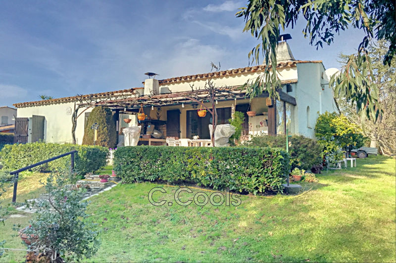 Photo House Grimaud Proche plages,   to buy house  3 bedrooms   90m²