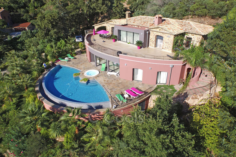 Villa Théoule-sur-Mer Miramar,   achat villa  5 chambres   383m²