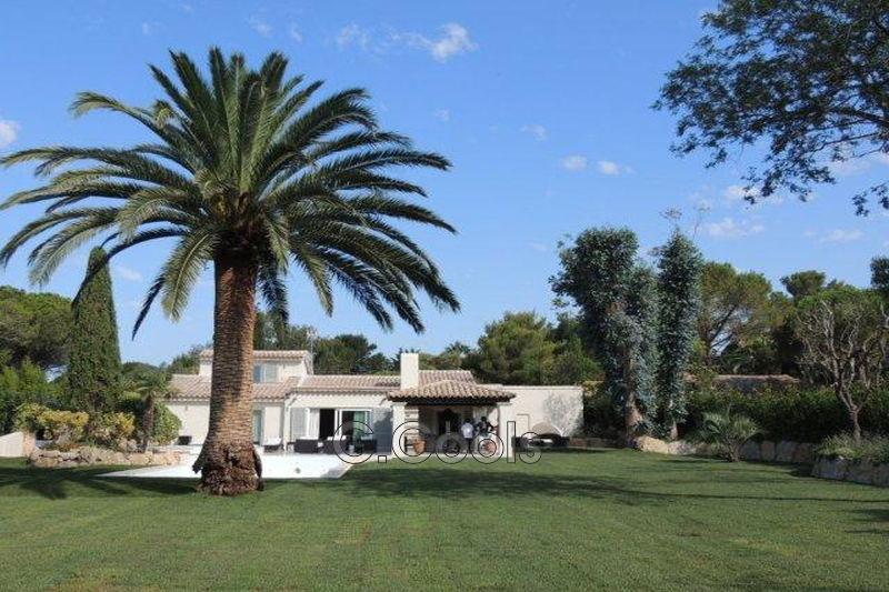 Villa provençale Saint-Tropez Proche plages,   achat villa provençale  5 chambres   230m²