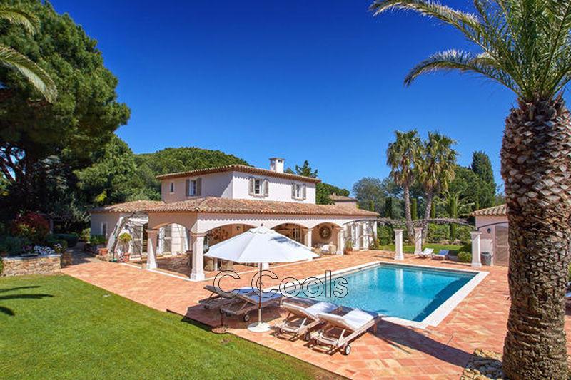 Villa provençale Saint-Tropez Les parcs de saint tropez,   achat villa provençale  6 chambres   260m²