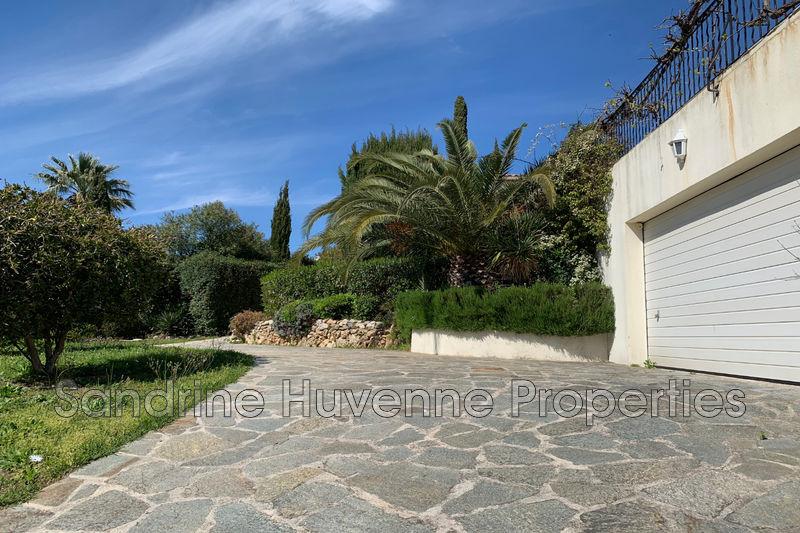Photo n°8 - Vente Maison villa Cavalaire-sur-Mer 83240 - 895 000 €