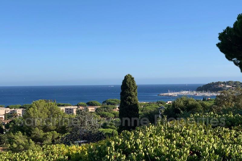 Villa Cavalaire-sur-Mer Bord de mer,   achat villa