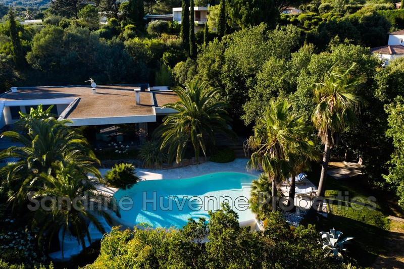 Villa Grimaud Bord de mer,   achat villa  4 chambres   200m²