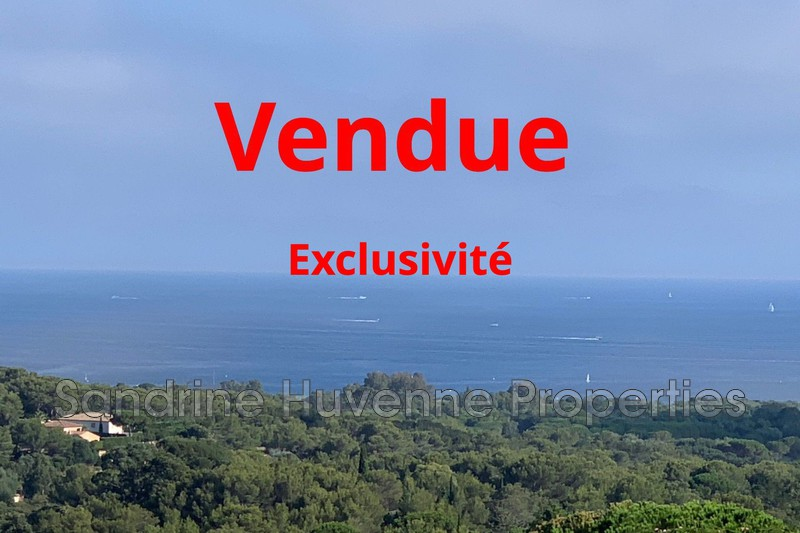 Villa La Croix-Valmer   to buy villa  4 bedrooms   168 m²