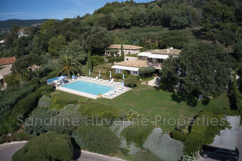Photo Villa La Croix-Valmer Bord de mer,   to buy villa  10 bedrooms   450 m²
