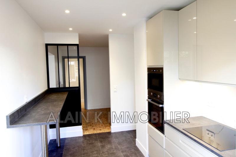 Photo Appartement Courbevoie Centre-ville,   achat appartement  3 pièces   77m²