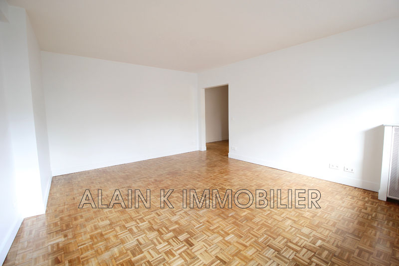 Photo Apartment Courbevoie Centre-ville,   to buy apartment  3 room   77 m²