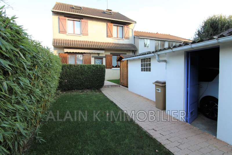 Photo Maison Vélizy-Villacoublay Centre-ville,   to buy maison  3 bedroom   123 m²