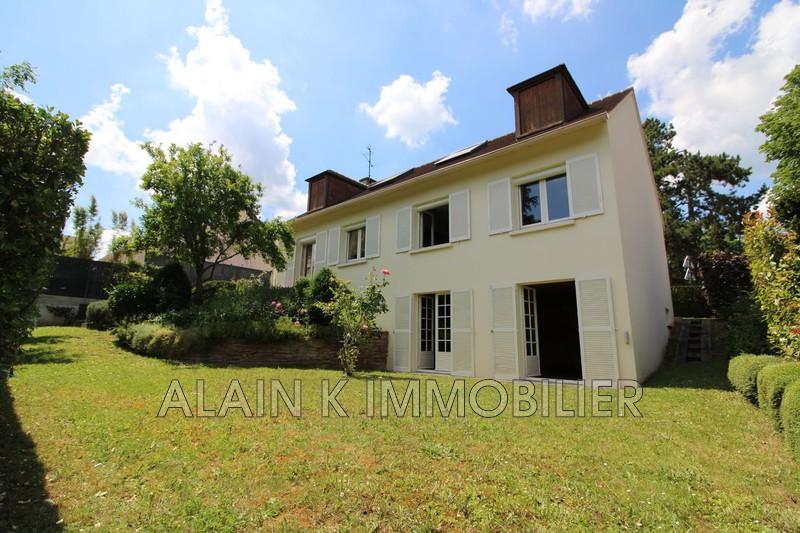 Photo Maison Marly-le-Roi Secteur pavillonnaire,   achat maison  5 chambres   196m²