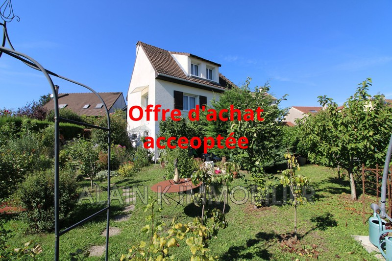 Photo Maison Arpajon Secteur pavillonnaire,   achat maison  3 chambres   127m²