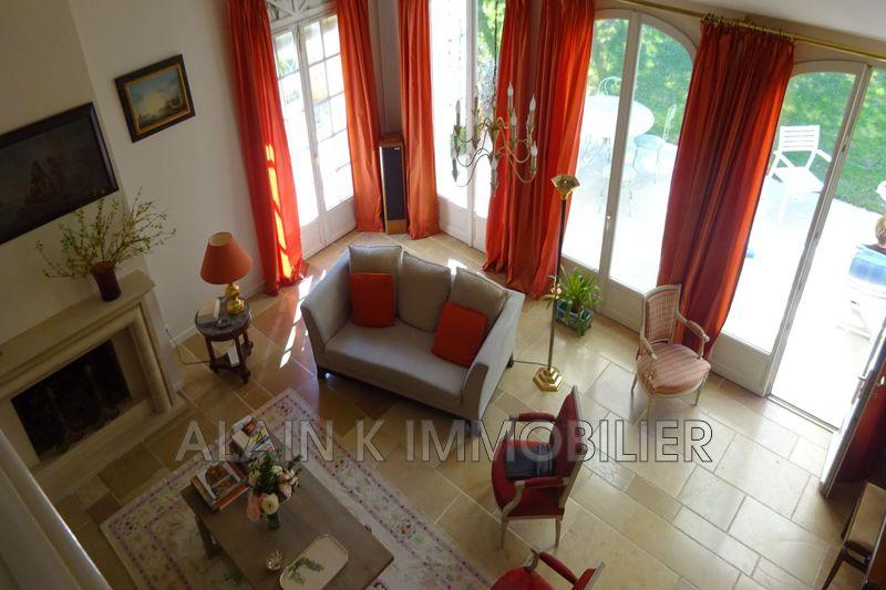 Photo n°5 - Vente maison contemporaine Noisy-le-Roi 78590 - 925 000 €